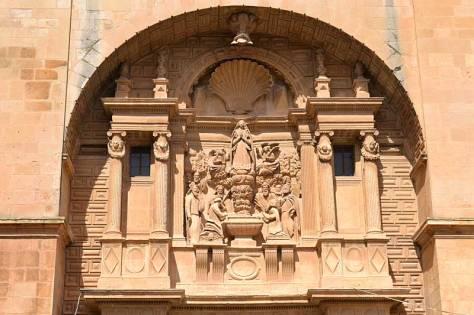 Façana esglesia de l'assumpció d'Almansa (Albacete)
